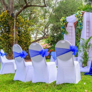 Intimate-Garden-Wedding-at-Mandeville-Hotel