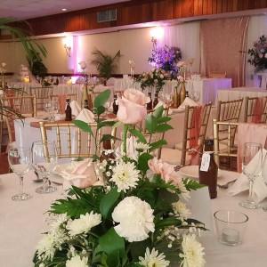 Pink_White_Wedding_Waverly_Room_Mandeville_Hotel01