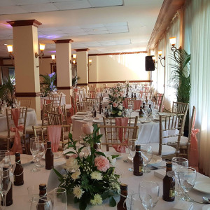 Pink_White_Wedding_Waverly_Room_Mandeville_Hotel02